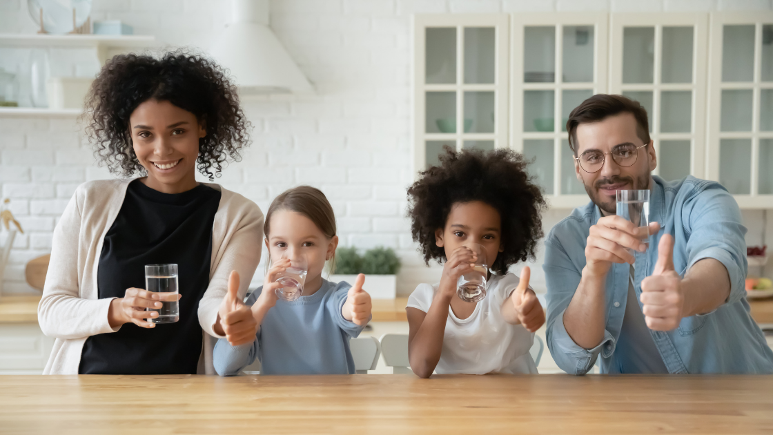 A family that drinks water together, gets healthy together.